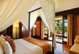 Grande Honeymoon Room